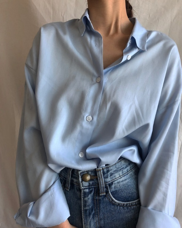 Classic silky shirt blouse in sky blue / ivory